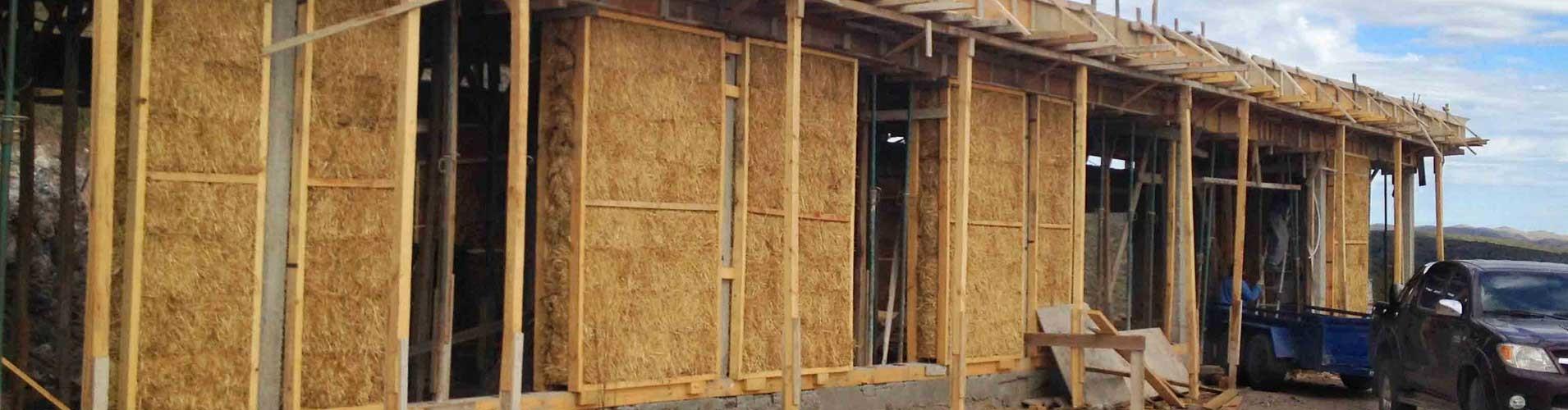 Construcción de paneles de fardos con puntales